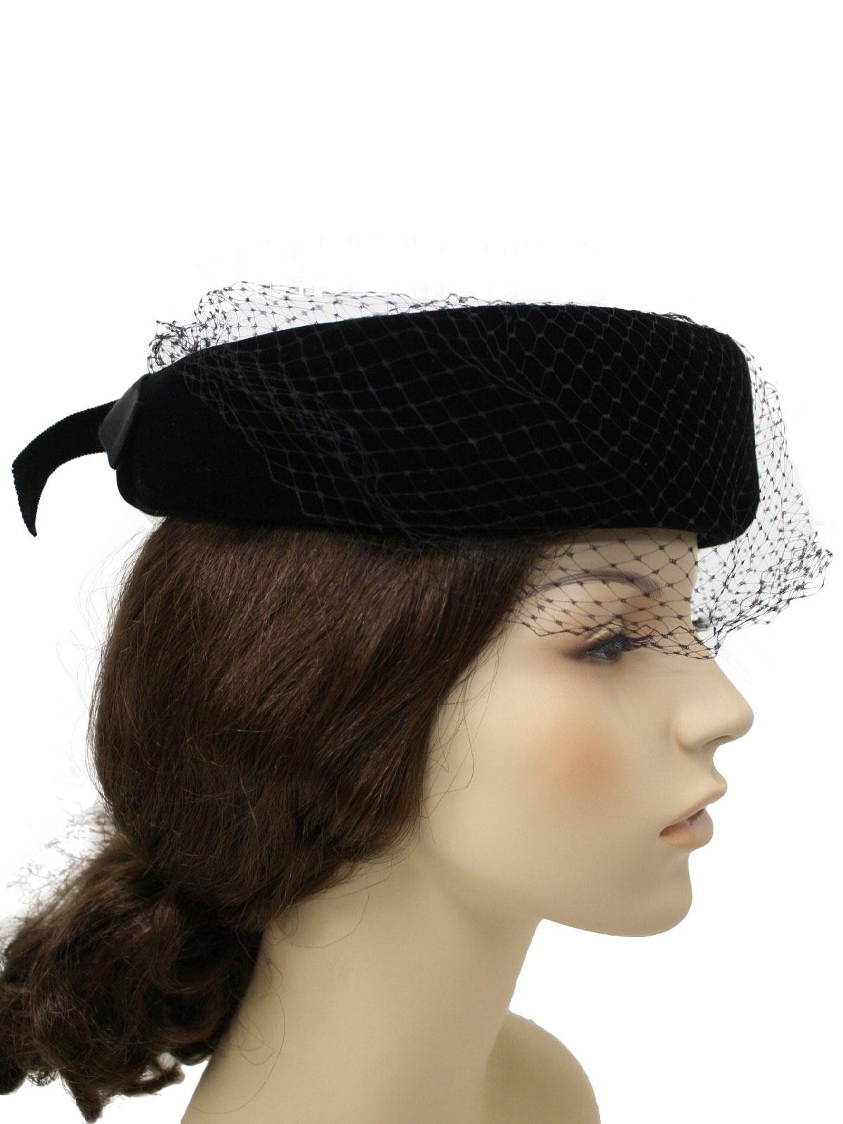 50 s Vintage Hat  50s -No Label- Womens black velveteen hat c556099163b