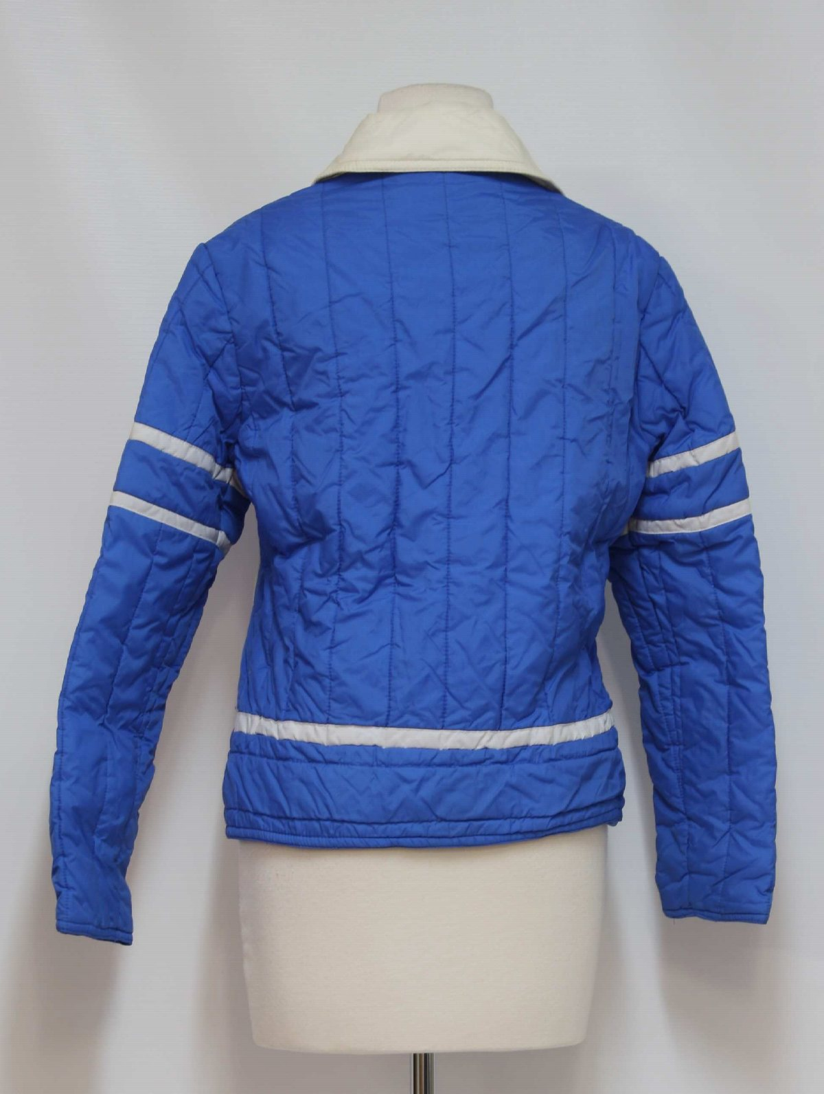 ef32d9db0e Seventies Vintage Jacket  70s -Jean Claude Killy- Womens royal blue and  white nylon ski jacket. Polyester filled