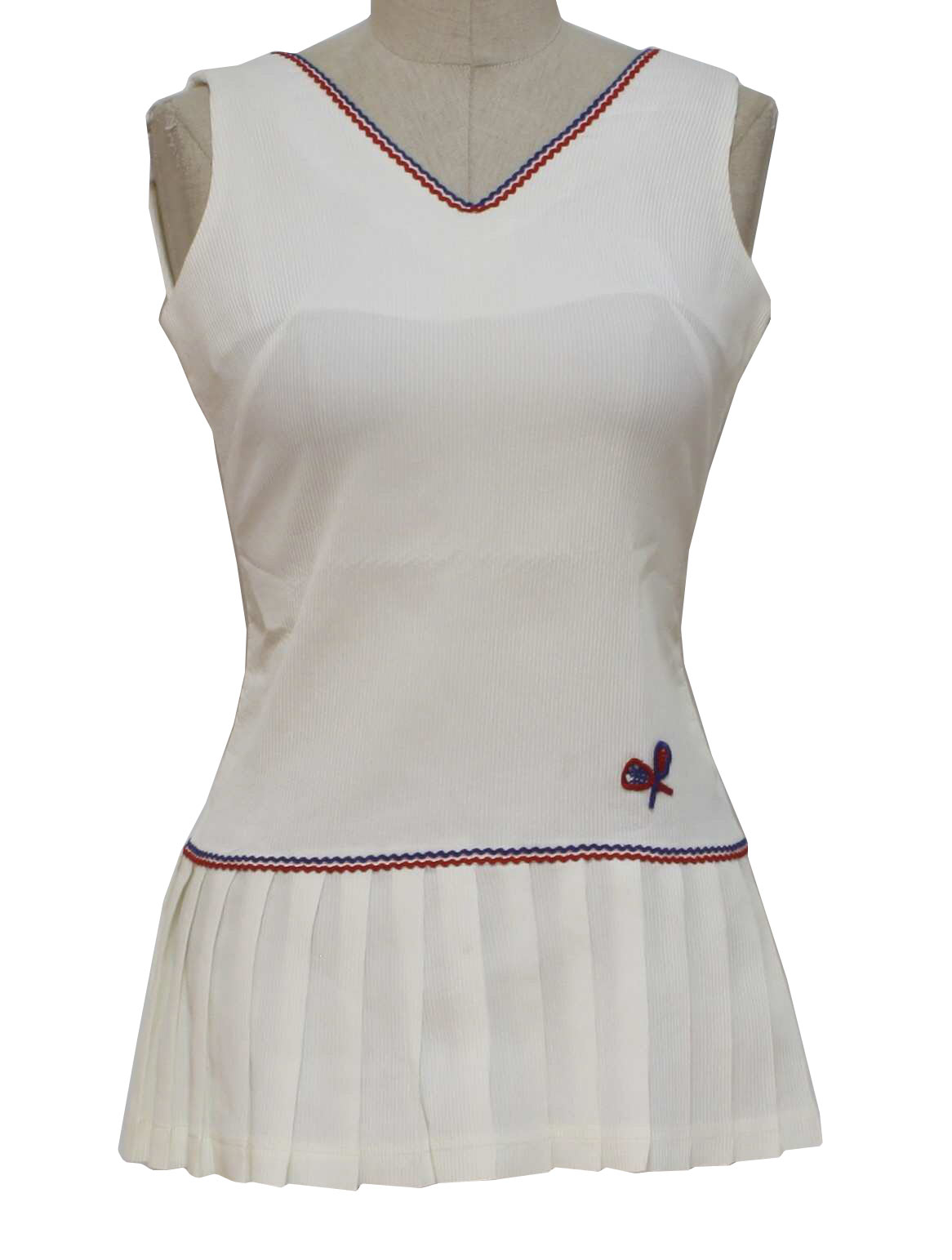 Retro 1970s Mini Dress 70s Care Label Only Womens White Tennis Style Polyester And Triacetate Sleeveless V Neckline Cute Box Pleat Skirt