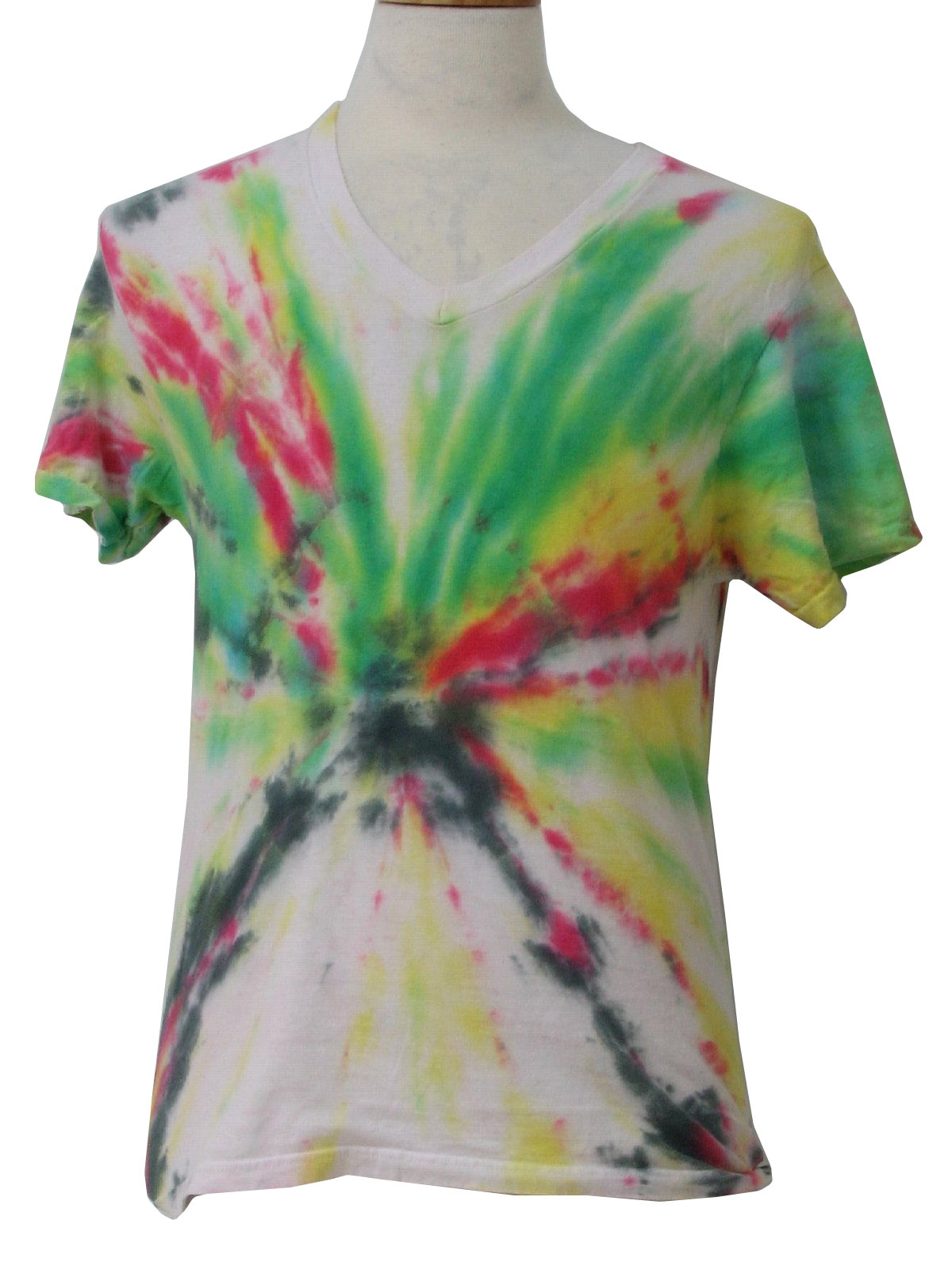 "How to TIE DYE the perfect ""V"" shape on shirt 