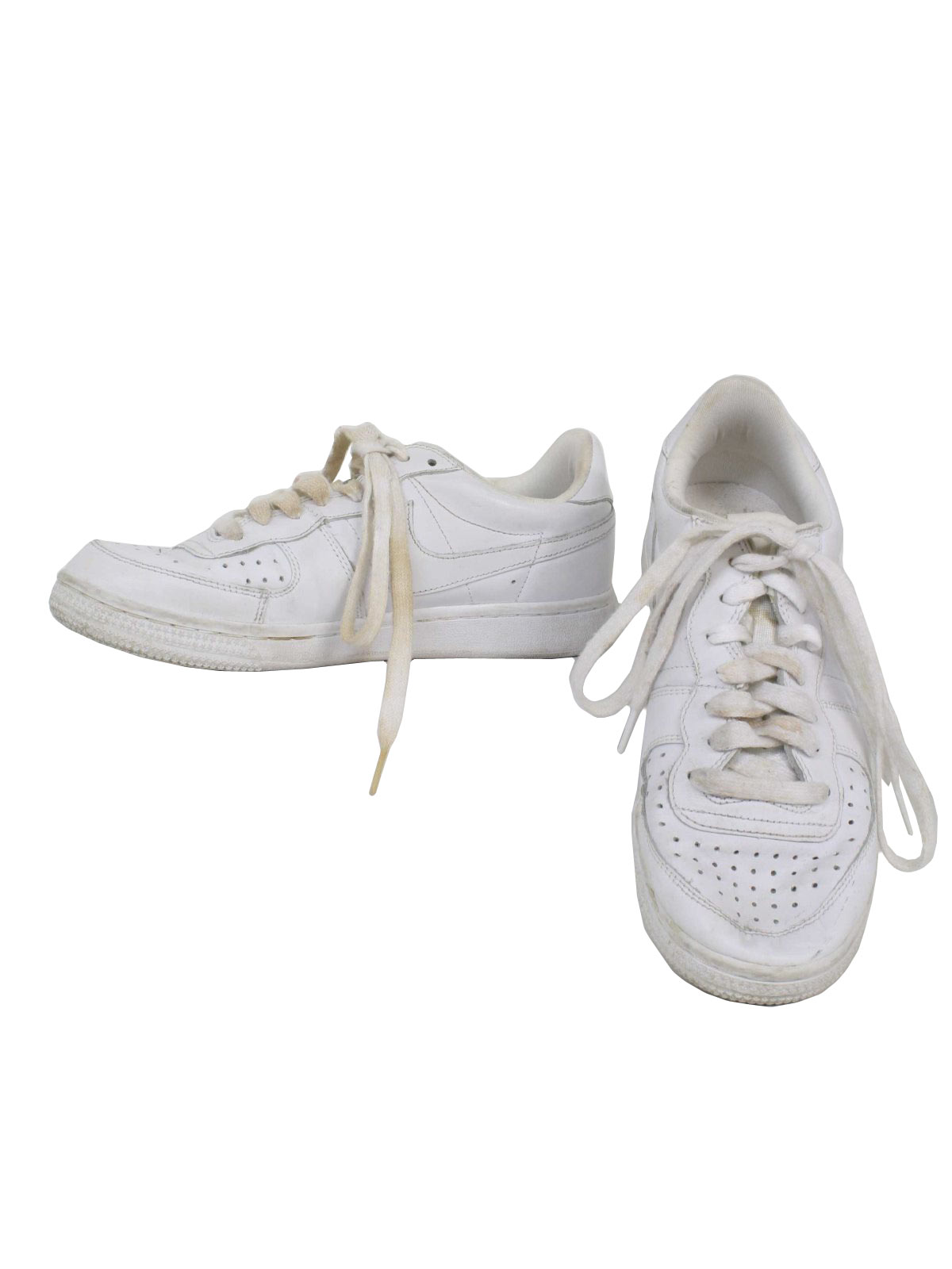 44a524b69c2f Nike 90 s Vintage Shoes  90s -Nike- Womens white on white swoosh ...