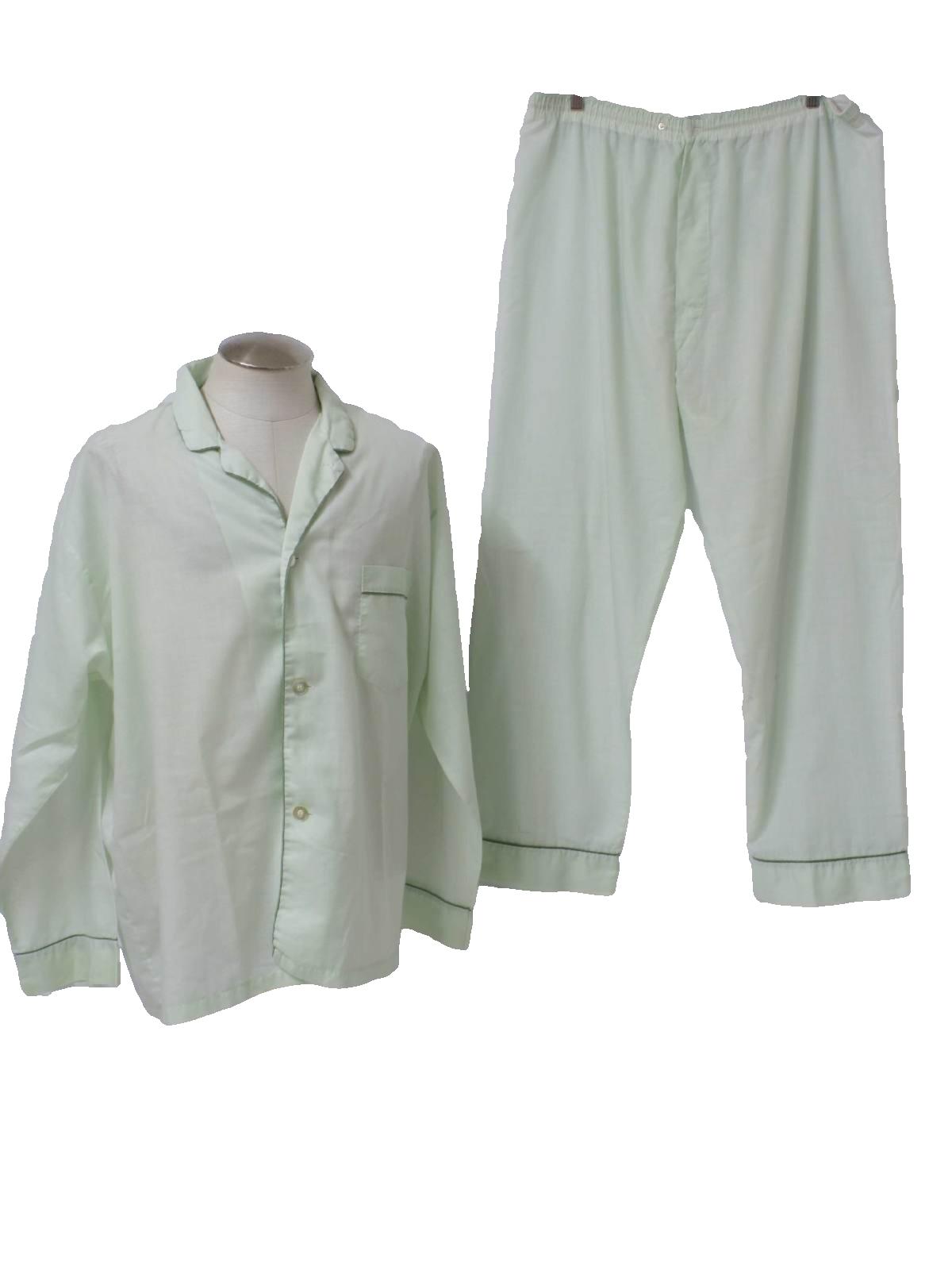 Mens Two Piece Pajamas Breeze Clothing