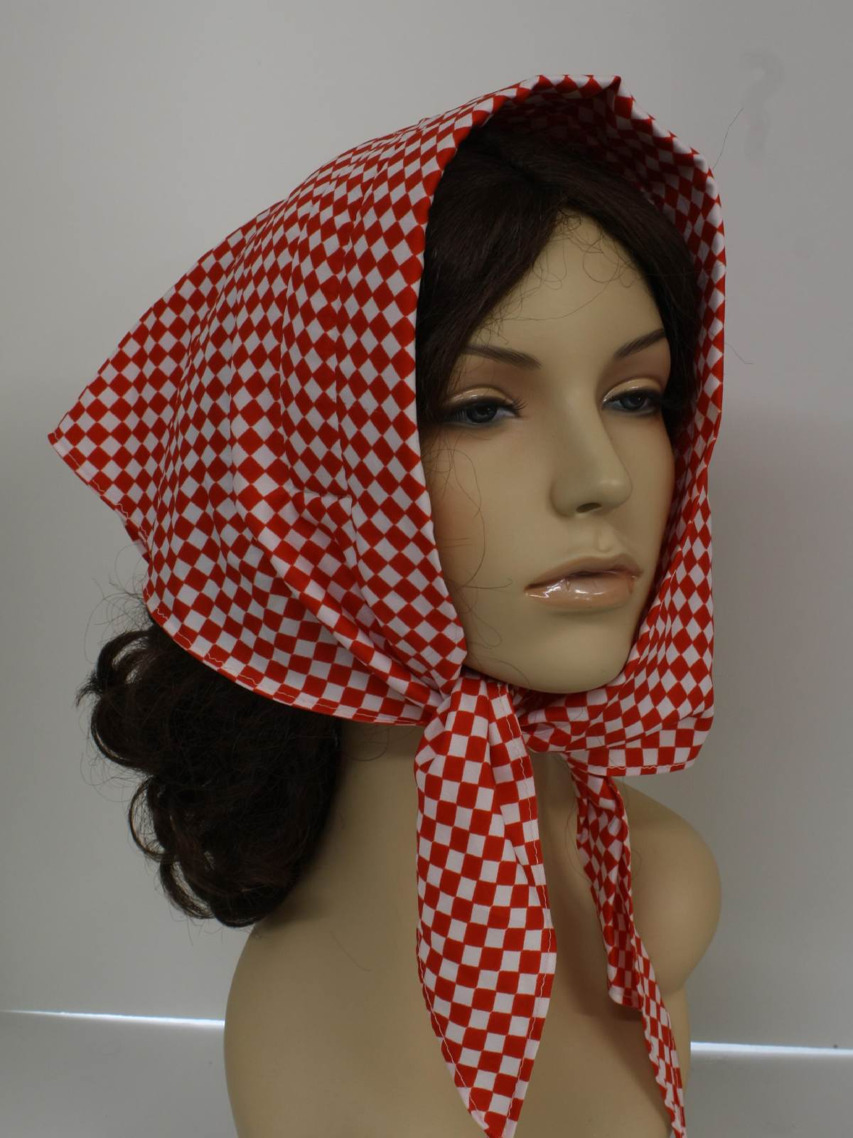Retro 70s scarf missing mark 70s missing mark womens white