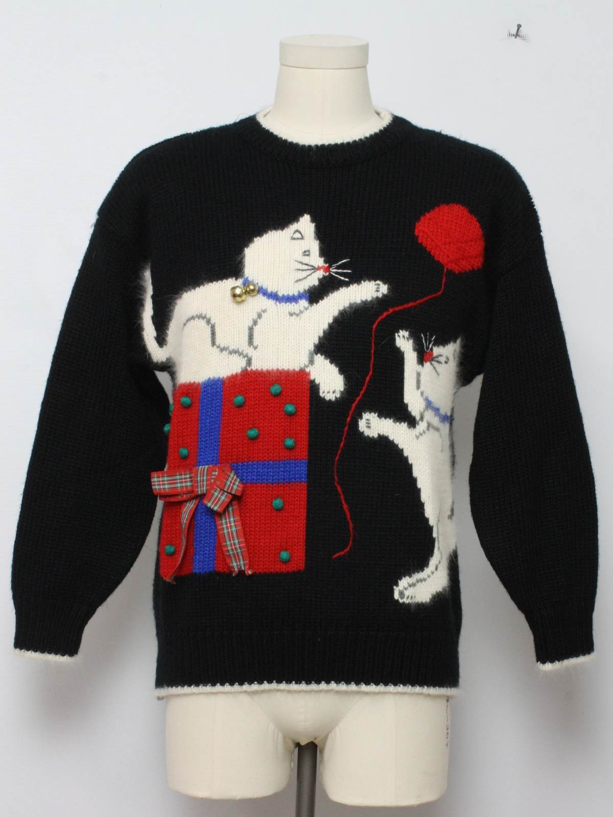 Christmas sweaters with cats on them