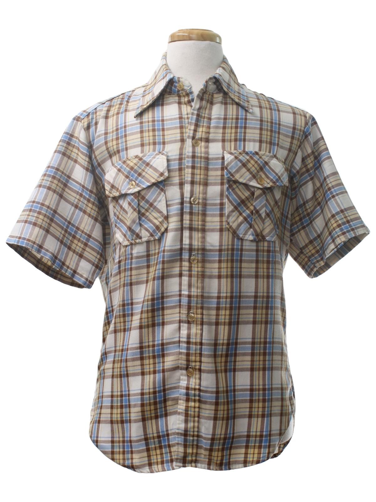 Retro 90 S Shirt 90s Eddie Bauer Mens Off White Background With