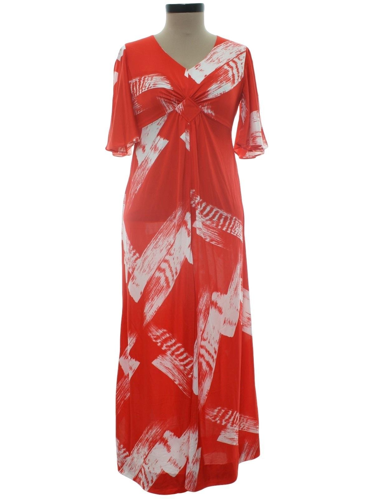 Hawaiian Maxi Dress with Sleeves