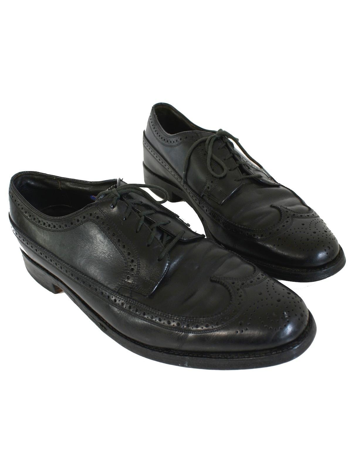 387aa83f8cf30 1960's Florsheim Mens Wing Tip Shoes