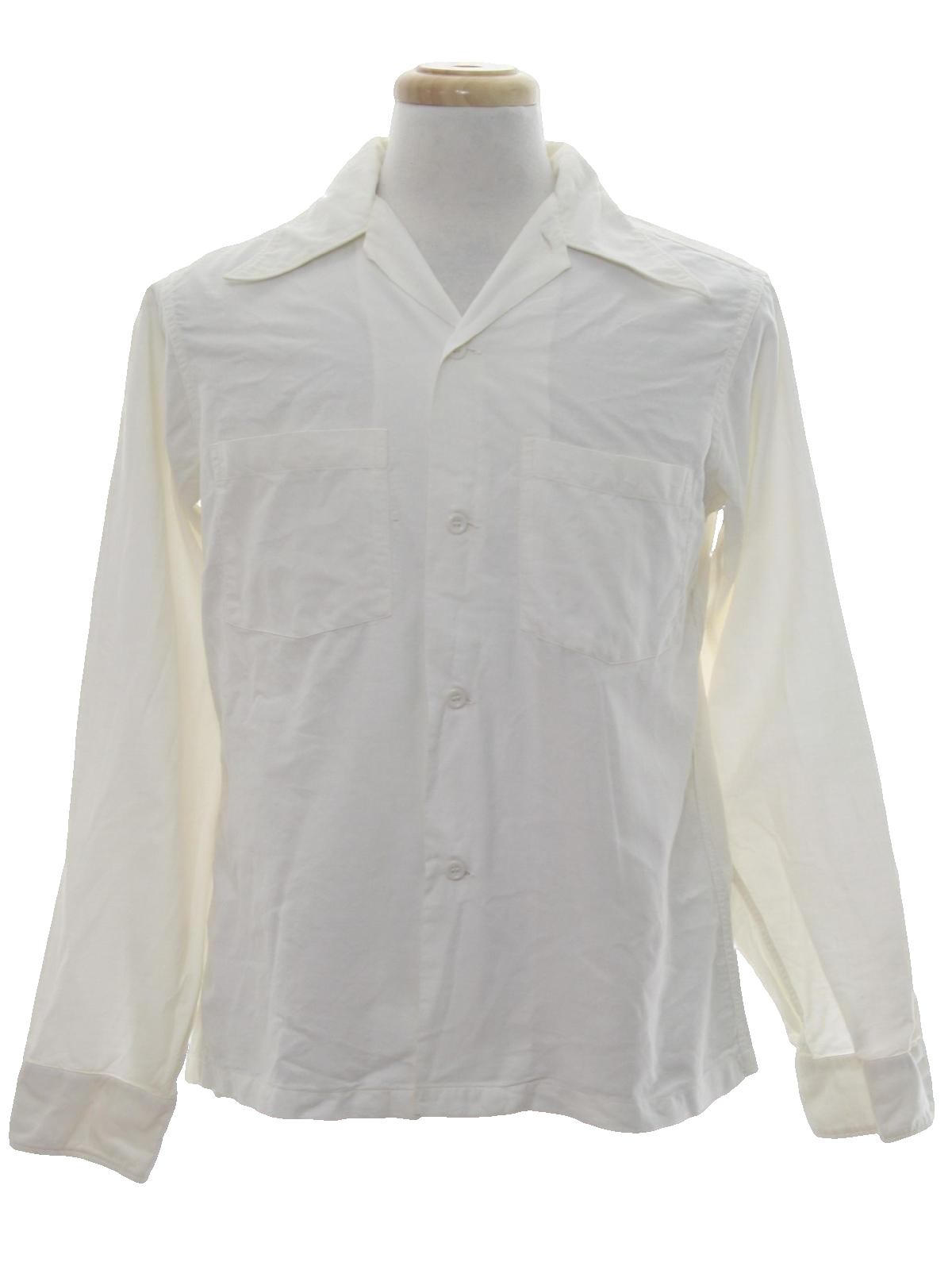 1970 39 s retro shirt 70s arrow mens white background for Solid color button up shirts