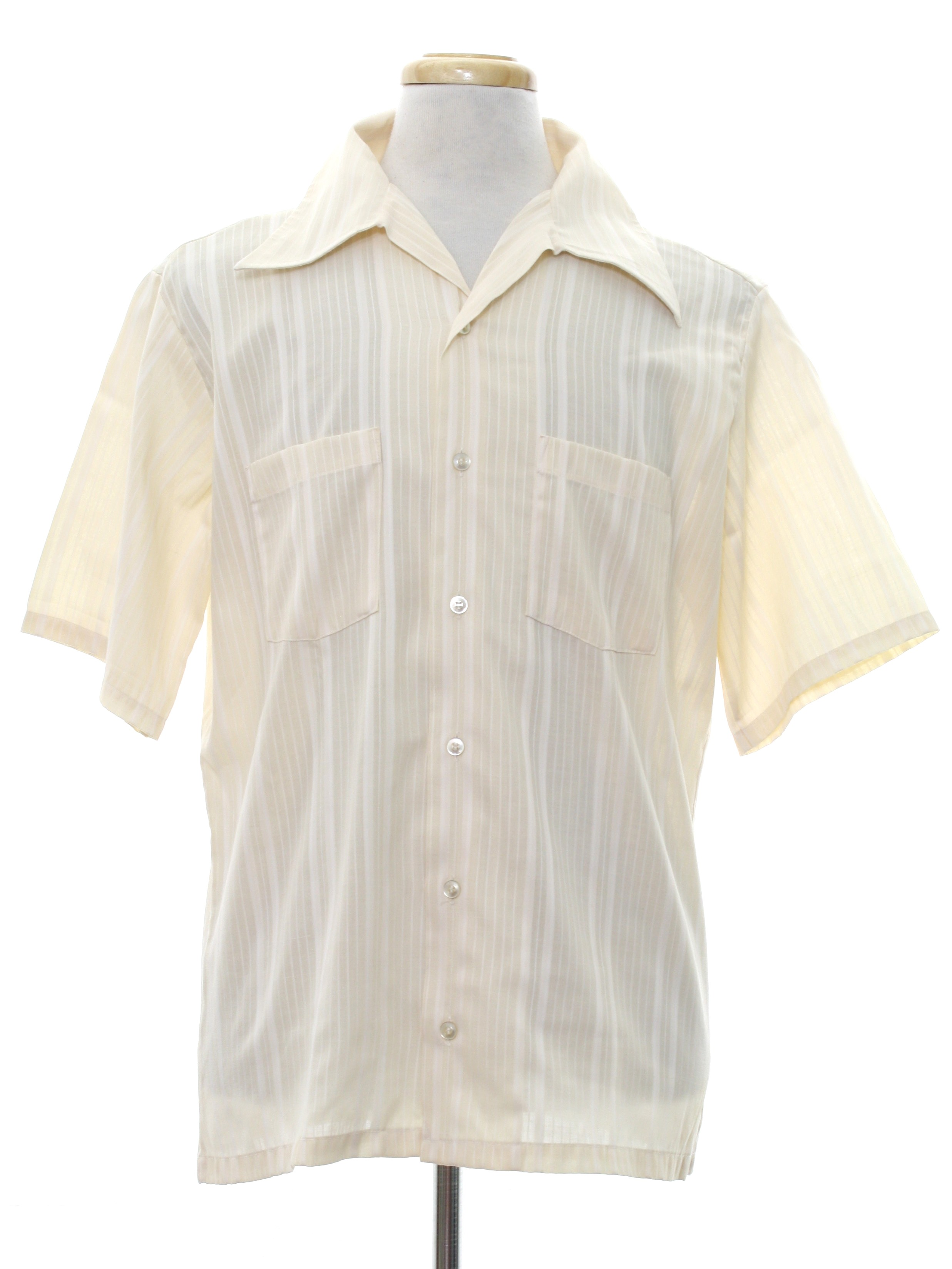 1970 39 s retro shirt 70s montgomery ward mens cream with for Button up collared sport shirts