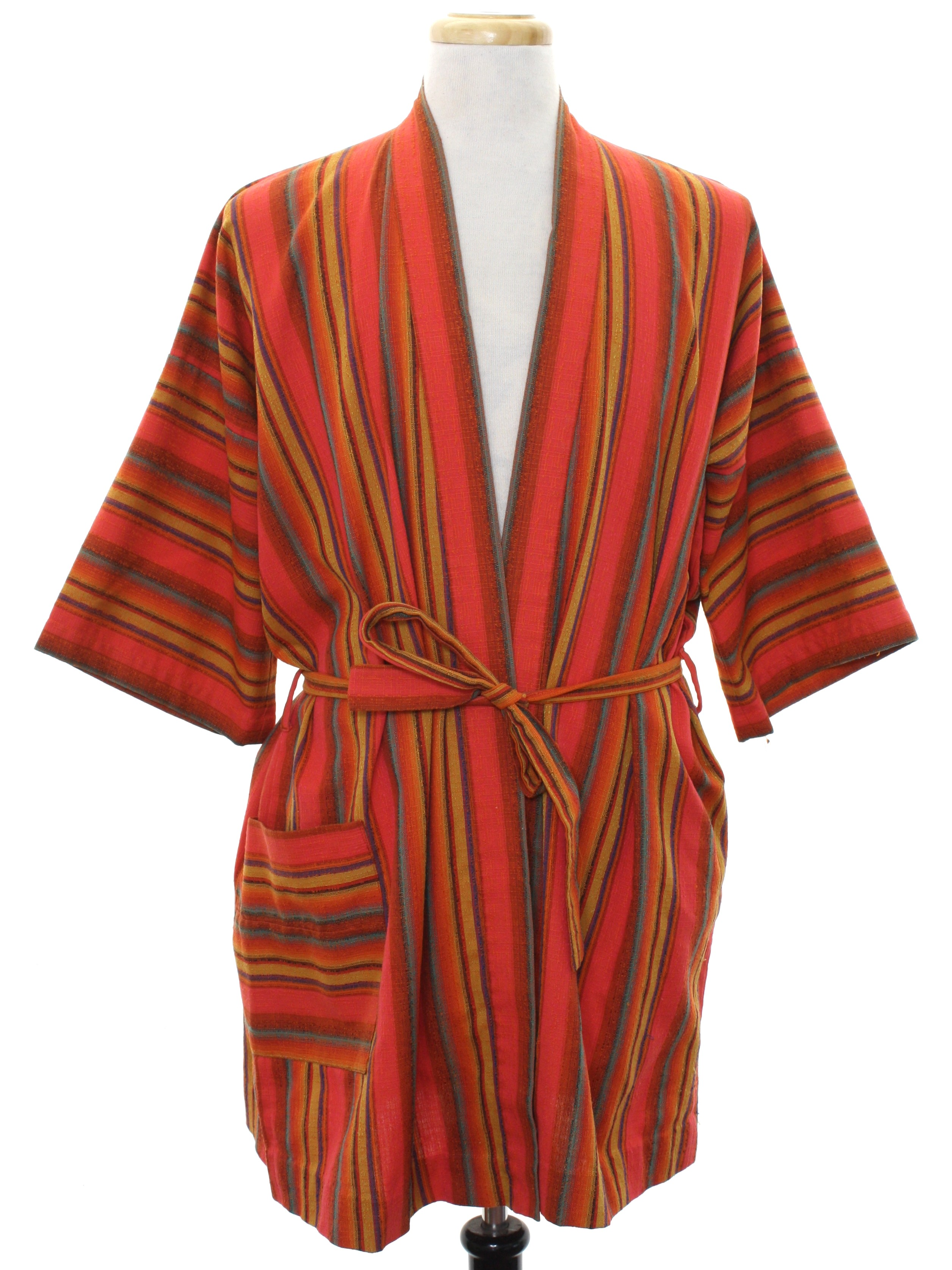 on feet at classic style great varieties 1960's Mens Mod Robe