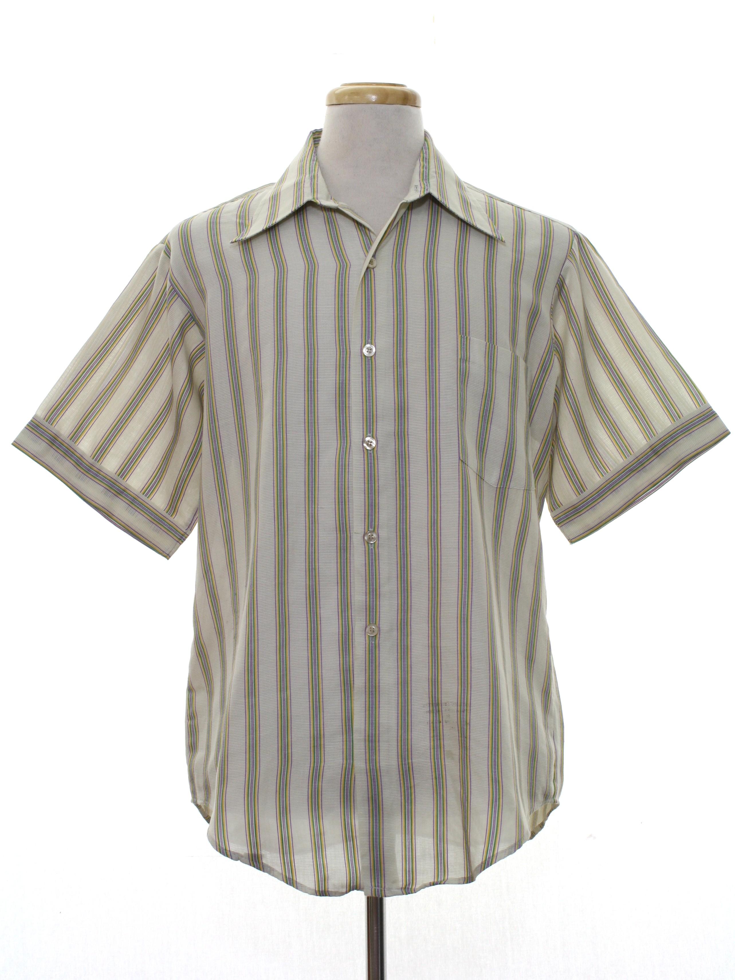6a1509513188a 70s Retro Shirt  70s -Van Heusen- Mens pale grey background ...