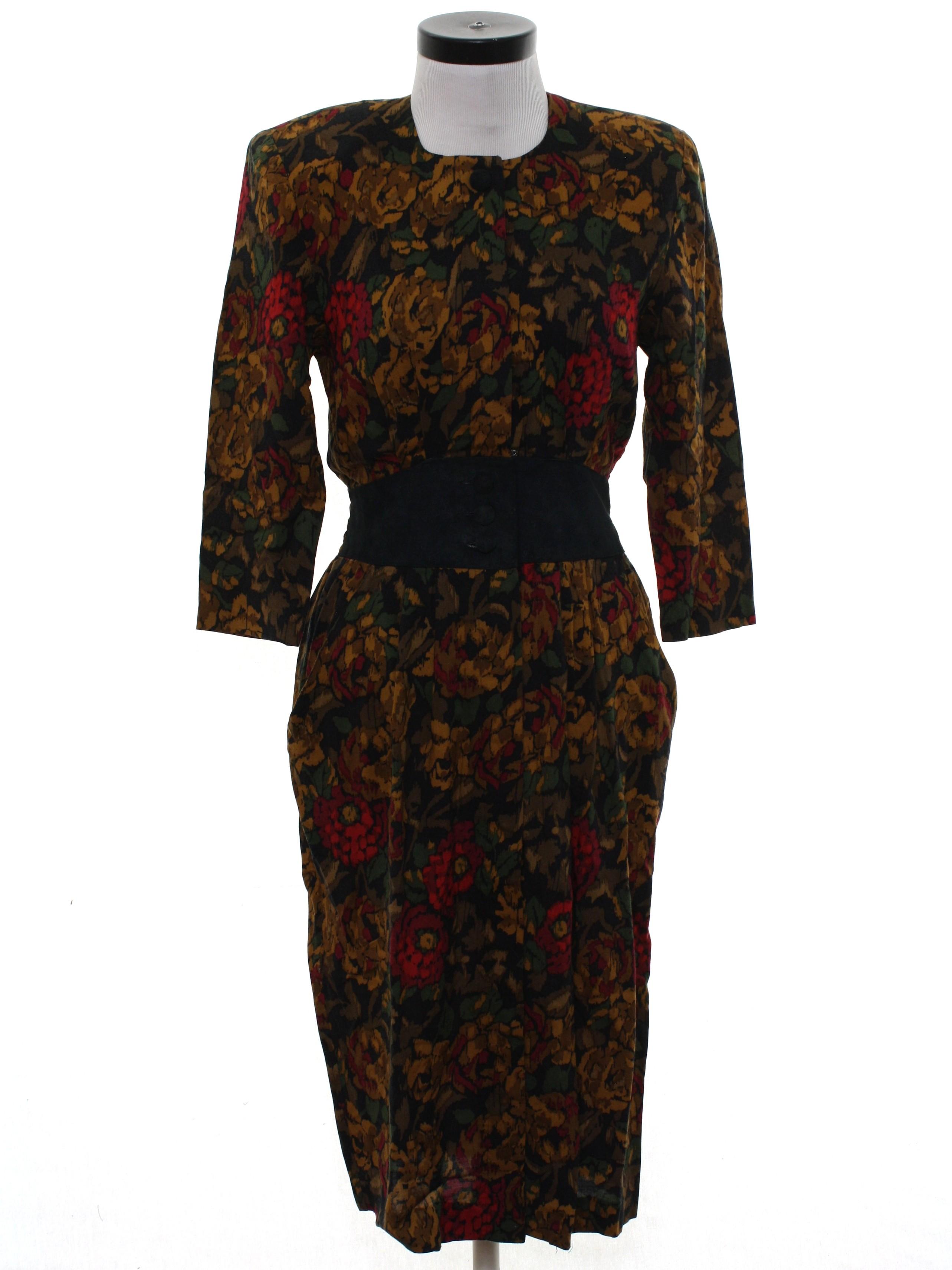 7a4f93c13c1c Karin Stevens 80 s Vintage Dress  80s -Karin Stevens- Womens black  background rayon short sleeve mid length totally 80s secretary dress.