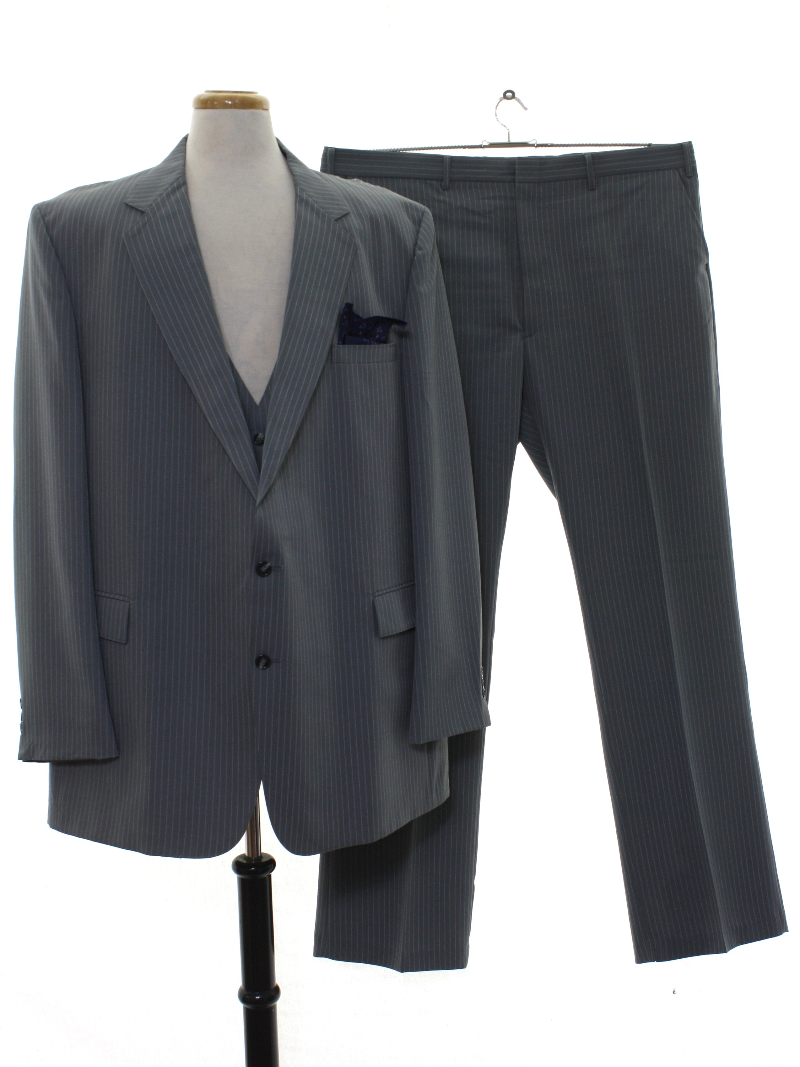 8be0b8fe4fc797 80s Retro Suit  80s -Blair- Mens grey with white pinstripe print ...