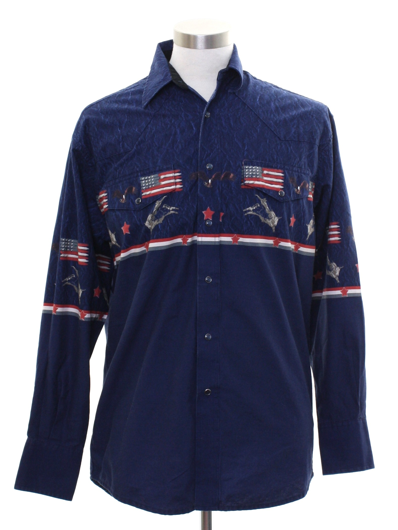d67e76f1 Western Shirt: 90s -Wrangler- Mens midnight blue background cotton  longsleeve western shirt. (Made in Bangladesh - Go America, eh?). Snap  front closure.
