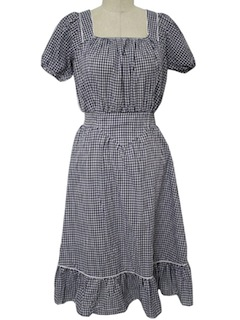 1970's Womens Gingham Dress