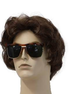 1990's Mens Accessories - Wayfarer Style Sunglasses