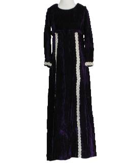 1970's Womens Velveteen Hippie Maxi Dress