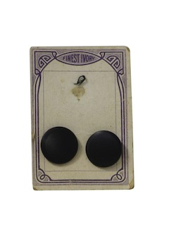 1920's Unisex Sewing Accessories - Buttons