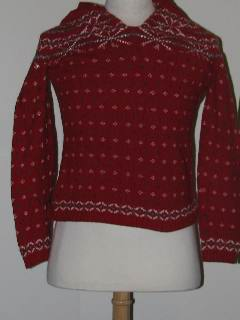 1980's Womens/Girls Discount Flawed Tired and Ugly Christmas Ski Sweater