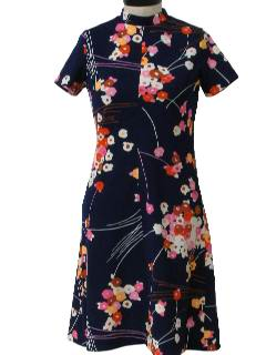 1970's Womens Mod Knit Pow-Flower Floral Dress