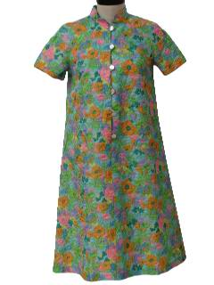 1960's Womens Mod Pow-Flower Lingerie / Night Dress