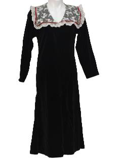 1960's Womens Black Velvet Dress