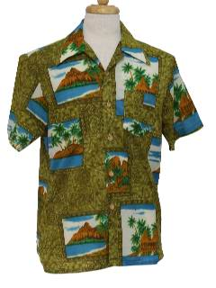 1970's Mens Hawaiian Shirt