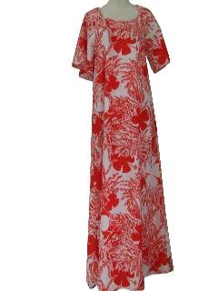 1970's Womens Hawaiian Dress