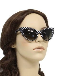 1950's Womens Accessories - Beach Party Style Cat Eye Sunglasses