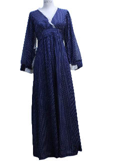 1970's Womens Prairie Maxi Dress