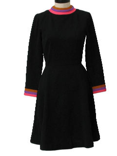 1970's Womens Mod Knit Little Black Dress
