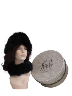 1960's Womens Accessories Fur Hat Set With Box*