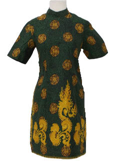 1960's Womens or Girls Asian Cheongsam Style Dress