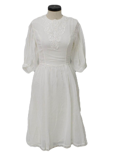 1970's Womens Prairie Hippie or Wedding Dress