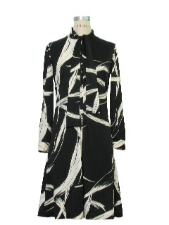 1970's Womens Mod Op-Art Print Dress