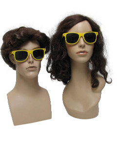 1980's Unisex Accessories - Totally 80s Style Wayfarer Sunglasses