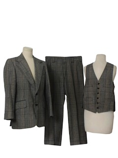 1970's Mens Classic Plaid Suit