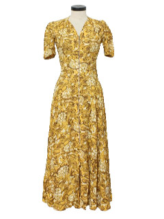 1940's Womens Ethnic Print Dress