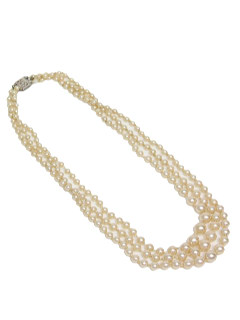 1940's Womens Accessories - Faux Pearl Necklace