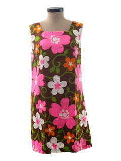 1960's Womens Mod Hawaiian Shift Dress