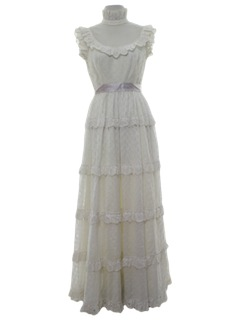 1970's Womens Maxi Prom or Wedding Dress