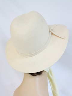 1980's Womens Accessories - Cloche Hat