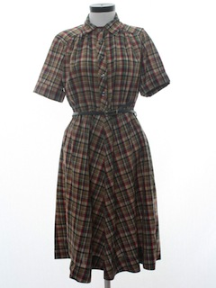 1970's Womens Housewife Dress
