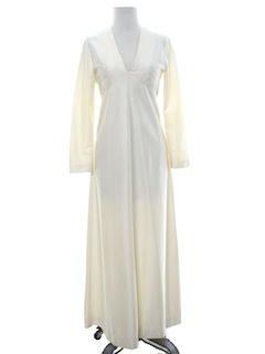 1970's Womens Prom/Cocktail Or Simple Wedding Dress