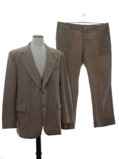 1970's Mens Three Piece Johnny Carson Suit