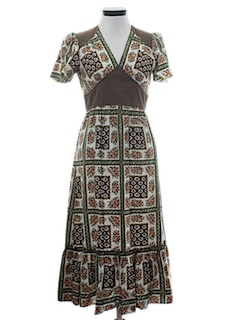 1970's Womens Maxi Peasant Style Hippie Dress