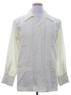 1970's Mens Longsleeve Guayabera Shirt