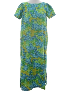 1960's Womens Hawaiian Style Muumuu Dress
