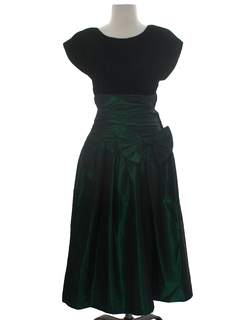 1980's Womens Designer Totally 80s Cocktail or Prom Dress
