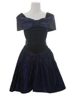 1980's Womens Velvet Totally 80s Prom Or Cocktail Dress